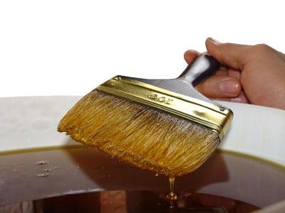 Лучшие материалы в обработке древесины: выбираем масло для дерева для внутренних работ