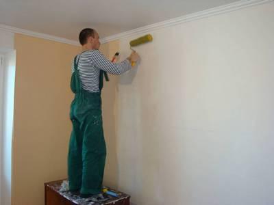 Подготовка стены к оклейке обоев