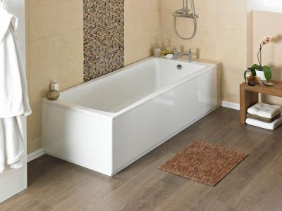 Решаем какую ванну выбрать: акриловую стальную или чугунную