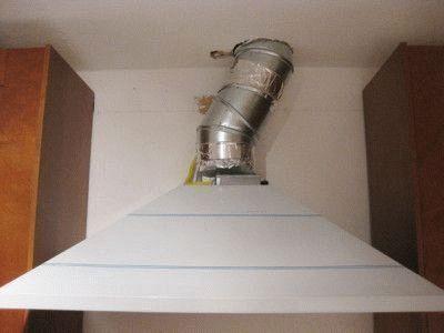 Монтаж очистительных приборов: вытяжка на кухне с отводом в вентиляцию своими руками