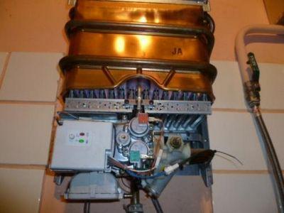 По каким критериям выбирается газовая колонка: какая лучше - отзывы специалистов про полуавтоматы и автоматические устройства