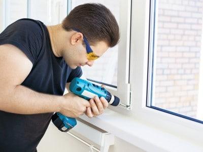 Установка важного элемента пластиковых конструкций: выбираем нащельники на окна пвх из богатого ассортимента