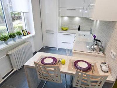 Как выбрать кухонные столы и стулья для маленькой кухни и их место в интерьере