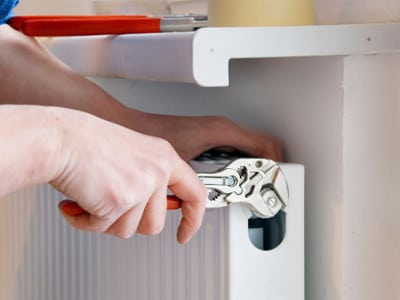 Как спустить воздух из радиатора: устанавливаем кран Маевского - принципы работы устройства