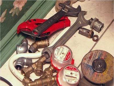 Инструменты для установки счетчика на воду