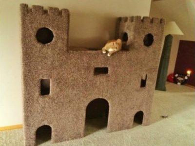 Замок для двух кошек своими руками