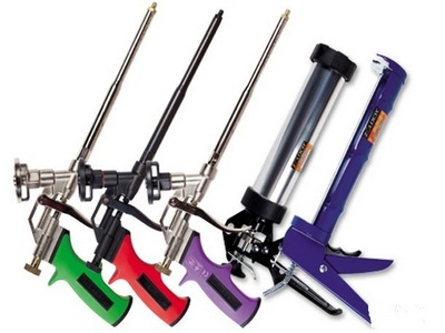 Покупка важных приборов для ремонта: пистолет для монтажной пены - какой лучше выбрать