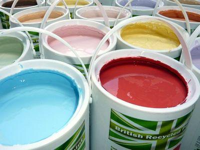 Как производится покраска стен водоэмульсионной краской: дизайн, фото идеи декоративной отделки