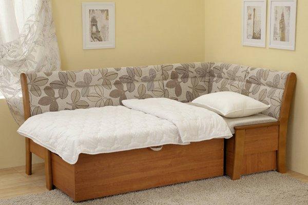 Компактный угловой диван со спальным местом