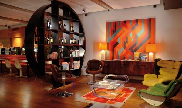 Как оформить интерьер гостиной в современном стиле