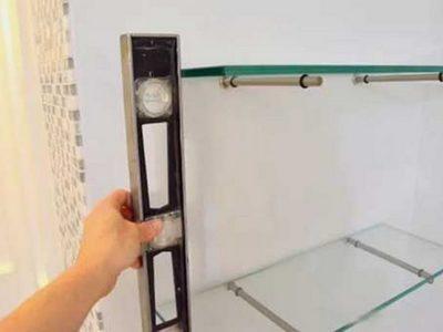 Как крепить стеклянные полки