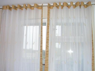 kak-ustanovit-ljuversy-na-shtory-svoimi-rukami-kak_6_1 Как красиво сшить шторы своими руками: советы бывалой швеи