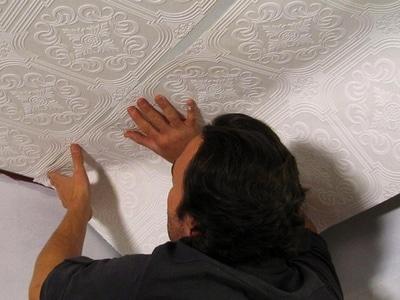 Виниловые обои на потолок как клеить