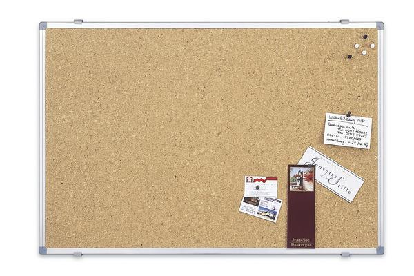 доска для фотографий на стену