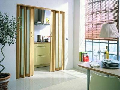 деревянные двери гармошка межкомнатные