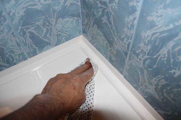 сантехнический уголок для ванны