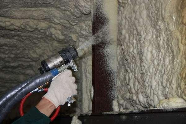 пена для утепления стен в баллонах