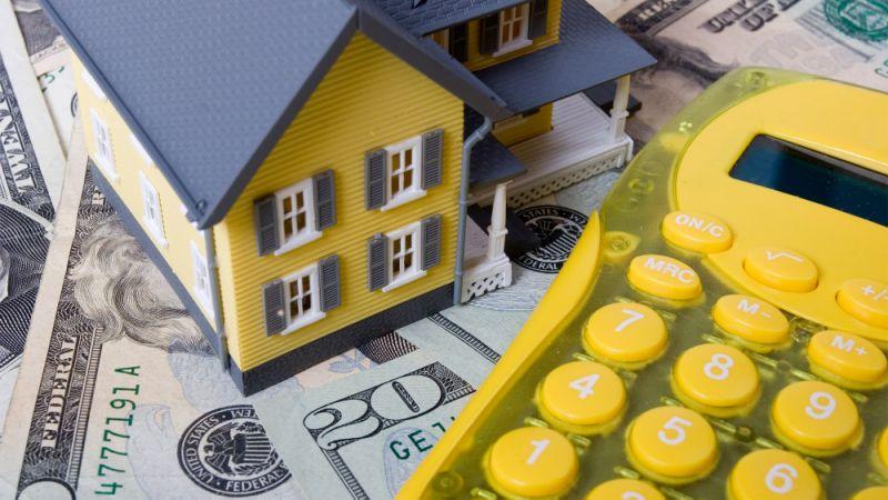 Кому придется заплатить налог с продажи дома и можно ли его уменьшить